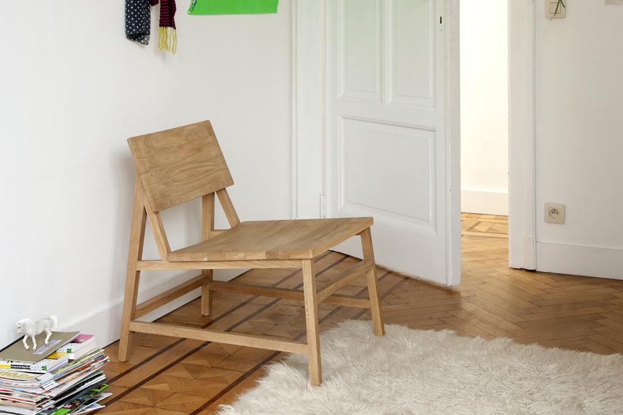 Godt design er for Ethnicraft kendetegnet ved en umiddelbar, sanselig og følelsesmæssig appel, der giver dig lyst til at kigge på møblet, til at røre ved det og tage det i brug.