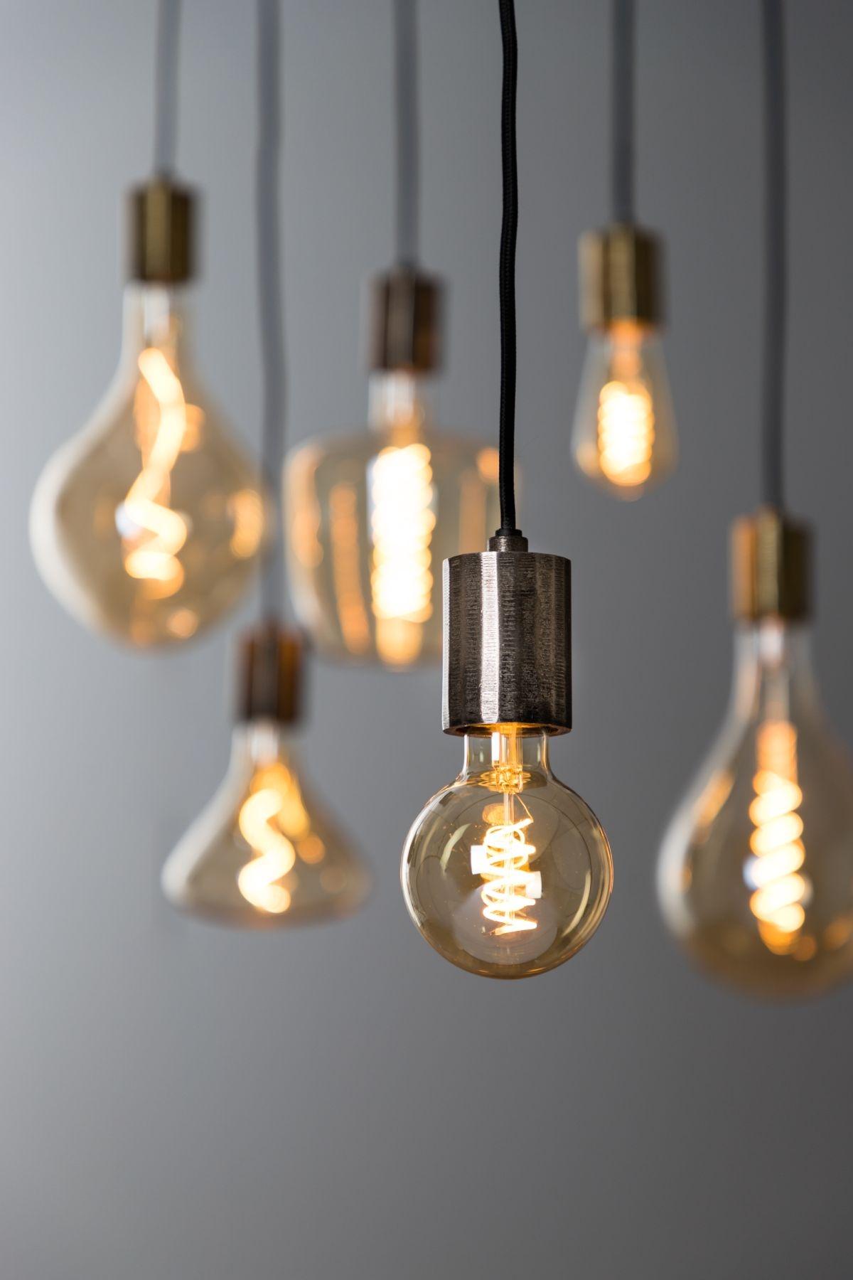 Med de flotte pærer fra BoShop Collection, får man næsten selv lyst til at være lysdesigner.