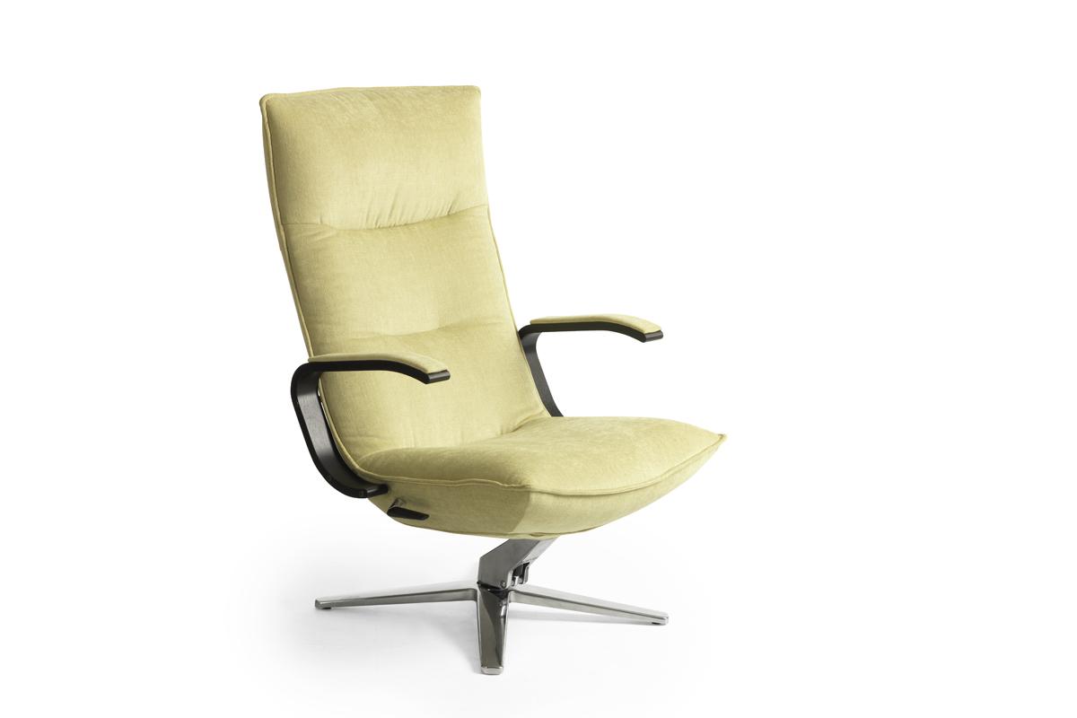 Vælger du en tv-stol fra BoShop får du mere end en lækker stol til at sidde behageligt i de mange timer, du bruger foran fjernsynet.