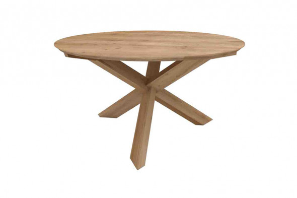 Ethnicraft   circle eg spisebord i træ hos boshop