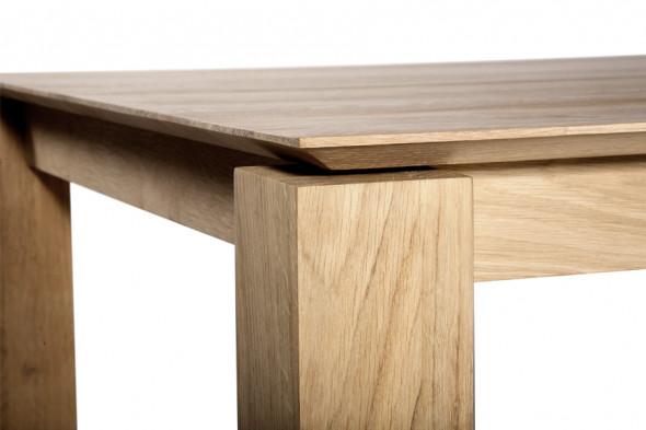 ethnicraft slice eg spisebord i tr hos boshop. Black Bedroom Furniture Sets. Home Design Ideas