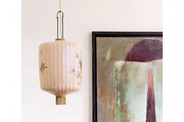Billede af traditionel lanterne nude hos BoShop - Lamper i Aarhus.