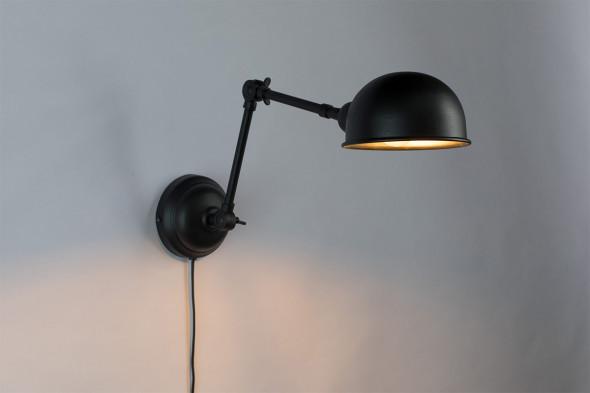 Billede af Maarten væglampe - Sort hos BoShop - Lamper i Århus.