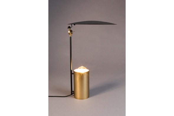 Billede af Julius bordlampe hos BoShop - Lamper i Århus.