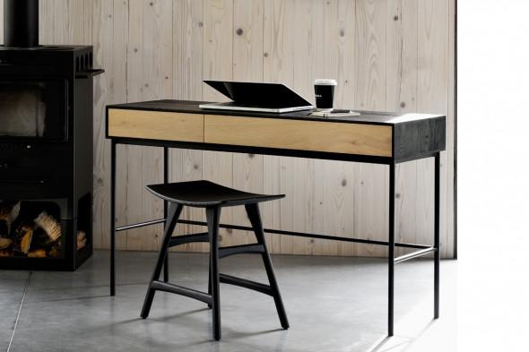 Billede af Blackbird Eg skrivebord i træ hos BoShop.
