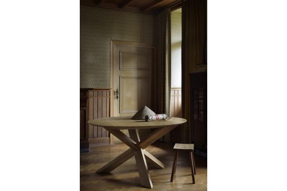 Billede af Circle Eg spisebord i træ hos BoShop - Spiseborde i Århus.