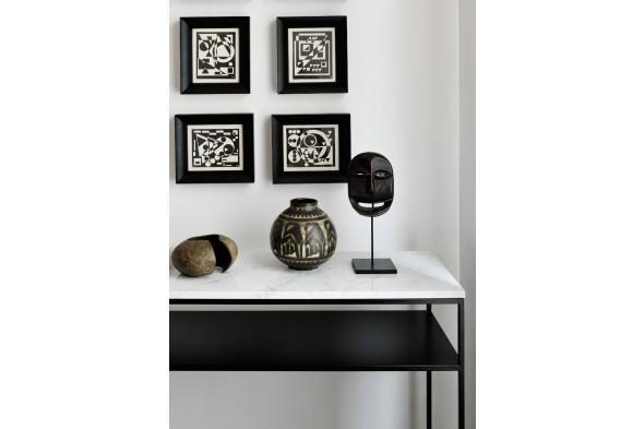 Billede af Stone konsolbord i metal og marmor hos BoShop - Konsolborde i Århus.