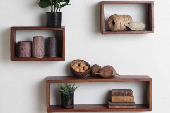Billedet viser Factory væghylden fra Unika Collection. Find inspiration til indretningen i hjemmet samt udvalget af hylder hos BoShop.