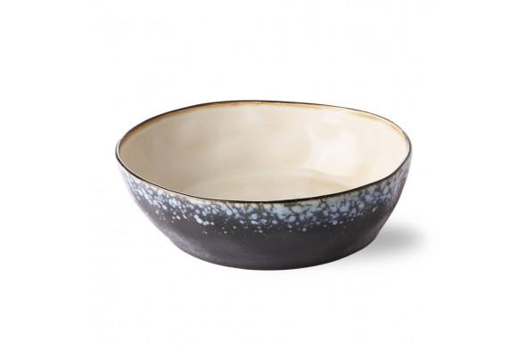 Billede af 70'er keramik pasta skål i nuancen Galaxy. Find inspiration til borddækningen og service hos BoShop i Aarhus og Aalborg.