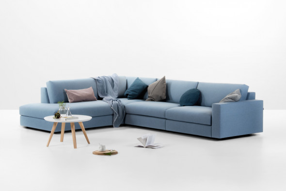 Billede af Classic stofsofa - Sofa med chaiselong hos BoShop - Sofaer i Århus.