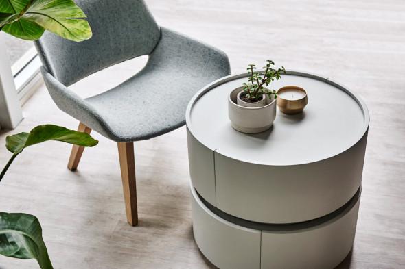 Billede af Monk wood lænestol hos BoShop - Lænestole i Aarhus og Aalborg.