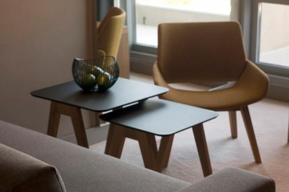 Billede af Monk sidebord hos BoShop - Sideborde i Århus.