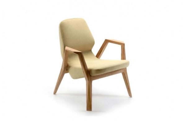 Billede af Oblique lænestol med armlæn hos BoShop.