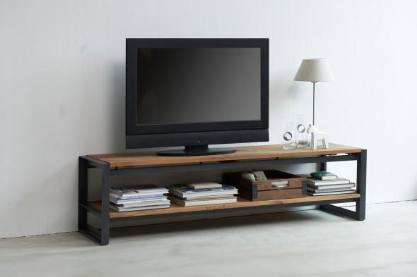 Fendy tv-bord fra SMOKESTACK hos BoShop.