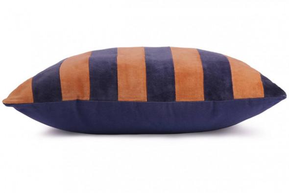 Billede af Stribet pude blå/orange hos BoShop.
