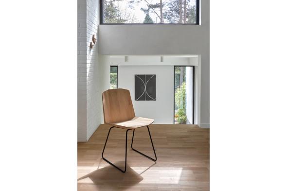 Billede af Facette Eg - stol hos BoShop.