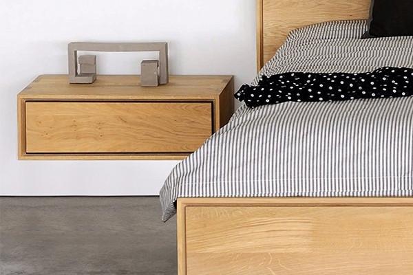 væghængt natbord Ethnicraft   Nordic Eg væghængt natbord i træ hos BoShop væghængt natbord