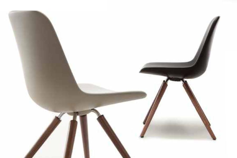 Step wood er en moderne spisebordsstol med Soft touch fra italienske ...