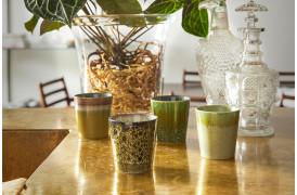 Fineste kaffekopper i grønne nuancer fra 70'er keramik serien fra HKliving.