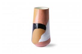 Her ses et billede af den smukkeste håndmalede keramik vase fra HKliving.