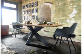 Extreme er et plankebord med unik og rustik charme fra Bodahl, her set i 240 x 110 cm.