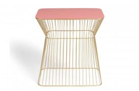 No Offence sidebord fra Bold Monkey her i en flot pink farve.