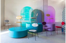Fristende og farverig er denne spisebordsstol fra Bold Monkey.