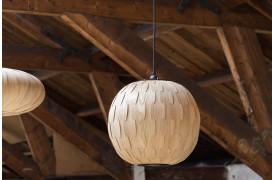 Her ses et billede af Bond lampen i den runde model.