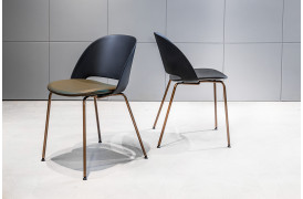 Her ses den flotte Polo spisebordsstol fra italienske Bontempi.