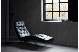 Stretch chaiselong stol er med en gas og justerbar nakkefunktion.
