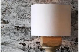 Denne Livigno lampeskærm er en fin og neutral lampeskærm som passer til næsten alle lamper.