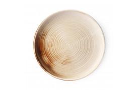 Denne tallerken er lavet af hotelporcelæn, der er stærkere end almindeligt porcelæn.