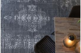 Obar tæppet er et mellemøstligt inspireret tæppe til din boligindretning.
