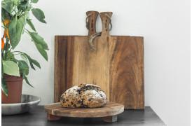 Her ses et billede af Akacietræ skærebrætterne fra vores Unika Collection.