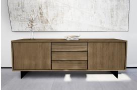 Wood by Kristensen tilbyder denne New Cool skænk hos BoShop.