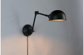 Her ses et billede af Maarten væglampe fra Decoholic.
