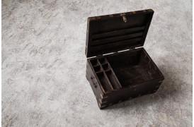 Kiste med rum