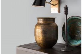 Bring det orientalske ind i hjemmet med Baha vasen fra Dutchbone.