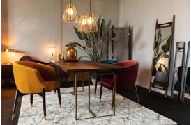 Vælg mellem fire farver på denne Dutchbone spisebordsstol.