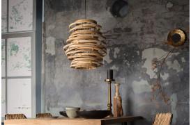 Dutchbone loftslampen Kubu er lavet af rattan træ.