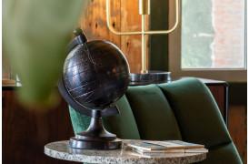 Miles globusen fra Dutchbone fås i to størrelser.