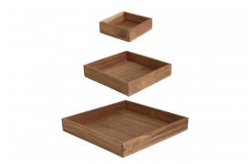 Her ses et billede af Elements square serveringsbakker fra vores Unika Collection.