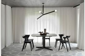 Corto Brown Eg - spisebordets brune bordplade er udformet i den perfekte form med unikke afrundede hjørner.