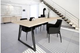 Forest plankebordet er et flot og rustikt spisebord her vist som Hvid-olieret (C6 Oak).