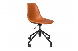 Her ses et billede af Franky kontorstol i brun fra Dutchbone.