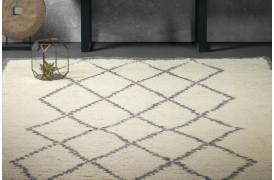 Maroco er et bamset tæppe med et flot mønster fra Furninova.