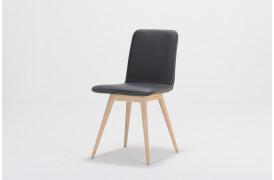 Ena spisebordsstolen fra Gazzda er her vist i farven TOLEDO - Nero.