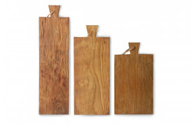 Teak skærebrætterne sælges som et sæt af 3 i forskellige størrelser.