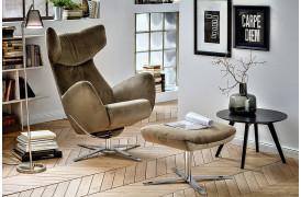 Cooper er en flot afslapningslænestol fra Indomo, der kan vælges i stof eller læder.