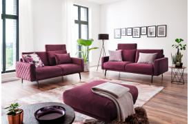 Delano ll sofaen ses her i farven Velvet - Purple og med flet, som dog ikke er standard.